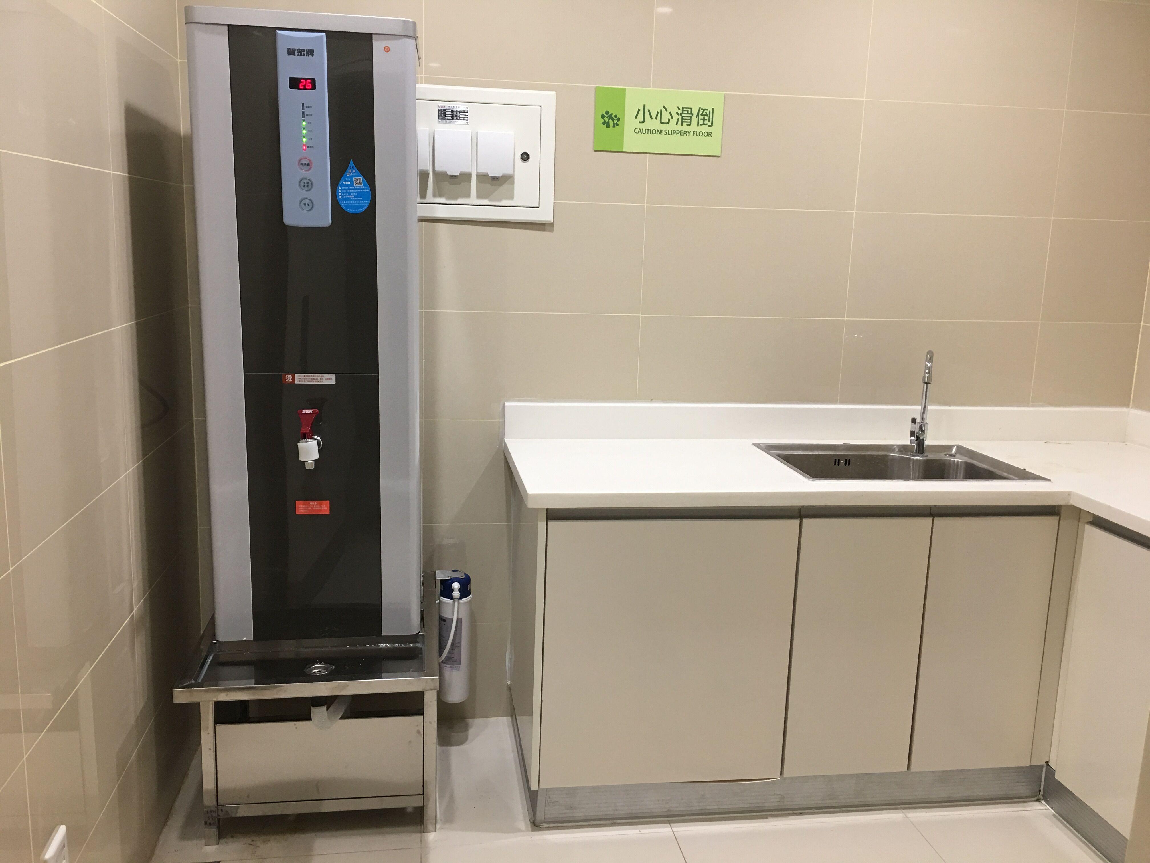 Betway必威_betway必威app牌直饮机开水器入驻华西第二医院锦江院区
